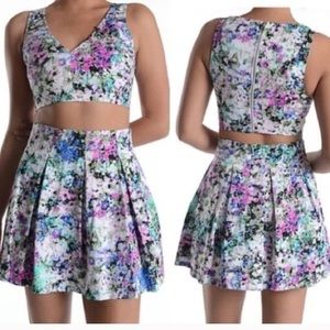 Do & Be Nordstroms  2 PC crop top skirt outfit set